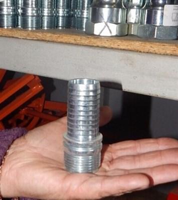 Соединение с резьбой для 25 мм, литое мама - фото 5475